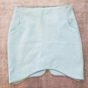 h & m 4 green asymmetrical skirt